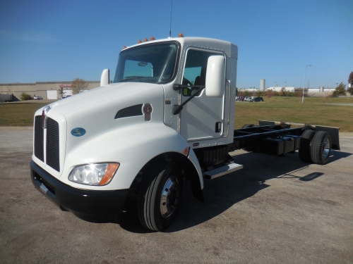 USED 2009 KENWORTH CAB/CHASSIS TRUCK T170