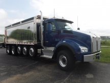 2017 Cab/chassis Truck Kenworth T880