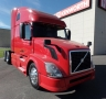USED 2013 VOLVO TRACTOR TRUCK W/ SLEEPER VNL64T6701